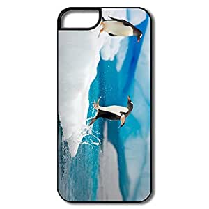 Ideal Jumping Penguin Plastic Case Cover For IPhone 5/5s