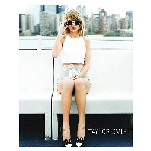 Taylor Swift Rare Collectible: 2014 Barlow & Schofield Skyline 8x10 Photo