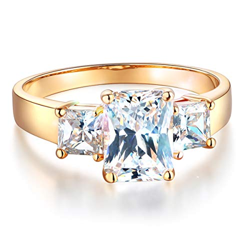 Wellingsale Ladies Solid 14k Yellow Gold CZ Cubic Zirconia Radiant Cut Three 3 Stone Engagement Ring - Size 7.5 ()