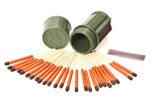 UCO Stormproof Match Kit with Waterproof Case, 25 Stormproof Matches and 3 Strikers - Dark Green