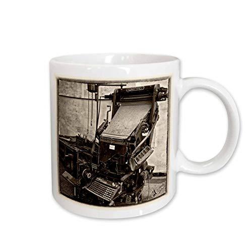 3dRose mug 219784_ 1Sepia clásico Wet placa de edad Linotype impresora en Santa Clara Cuba–Taza de cerámica,...