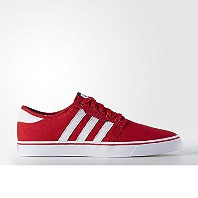 adidasスニーカー 赤