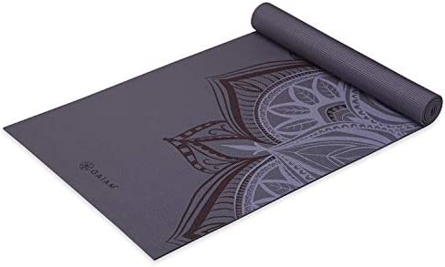 Gaiam Yoga Mat – Premium 5mm Print Thick Non Slip Exercise Fitness Mat for All Types of Yoga, Pilates Floor Workouts 68 x 24 x 5mm