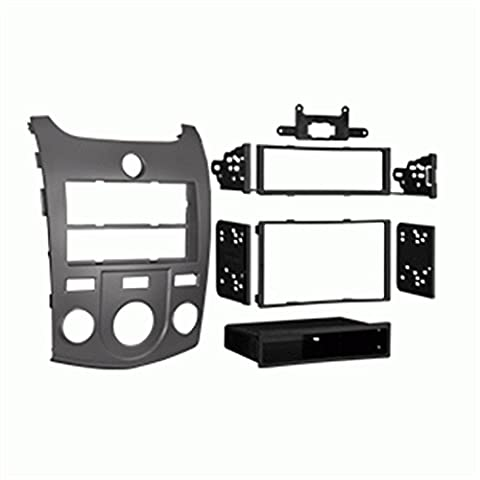 Metra 99-7338S Kia Forte 2010-Up Installation Dash Kit for Double DIN/ISO Radios, Silver (Radio For Kia Forte)