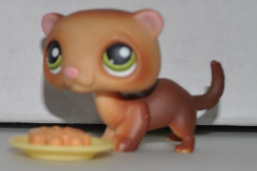 Ferret #209 & Plate (Brown, Green Eyes) Littlest Pet Shop (Retired) Collector Toy - LPS Collectible Replacement Single Figure - Loose (OOP Out of Package & -