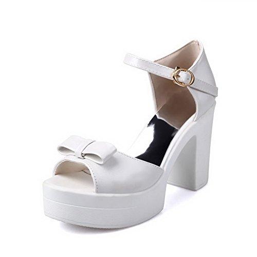 Allhqfashion Womens Pu Boucle Solide Bout Ouvert Talons Hauts Plates-sandales Blanc