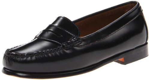 G.H. Bass & Co.. Women's Wayfarer Penny Loafer, Black, 7....