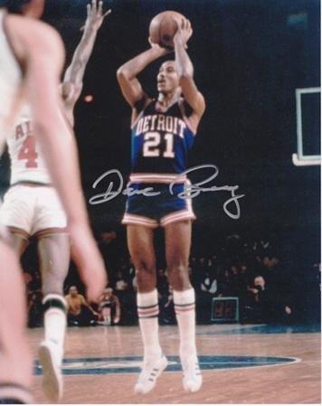 (Autographed Dave Bing Photograph - 8x10 - JSA Certified - Autographed NBA Photos )
