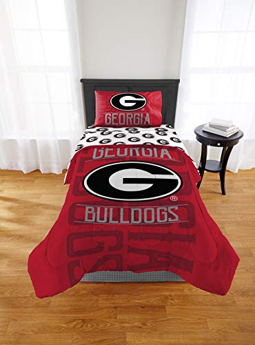 - 1 Piece NCAA University Of Georgia Bulldogs Comforter Twin/Full, Sports Patterned Bedding, Featuring Team Logo, Fan Merchandise, Team Spirit, College Foot Ball Themed, Red Multi, For Unisex