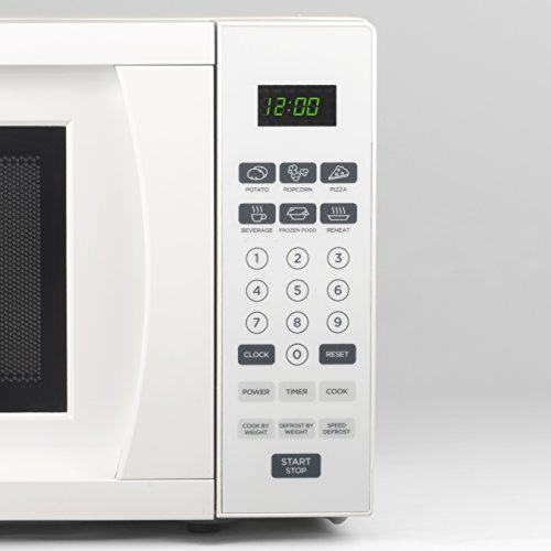 Westinghouse WCM770W 700 Watt Counter Top Microwave Oven, 0.7 Cubic Feet, White Cabinet by Westinghouse (Image #2)