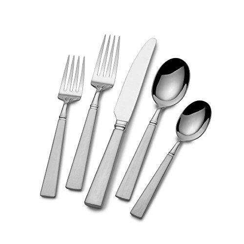 65 Pieces Dinnerware - 6