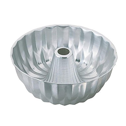 Wilton Fancy Ring Mold Pan, 10 Inch (Aluminum Ring Mold)