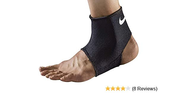 6340a5838a913 Amazon.com  Nike Ankle Sleeve 2.0 PRO  Sports   Outdoors