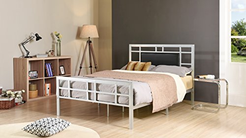 Hodedah Complete Metal Twin-Size Bed with Headboard, Footboard, Slats and Rails in Silver
