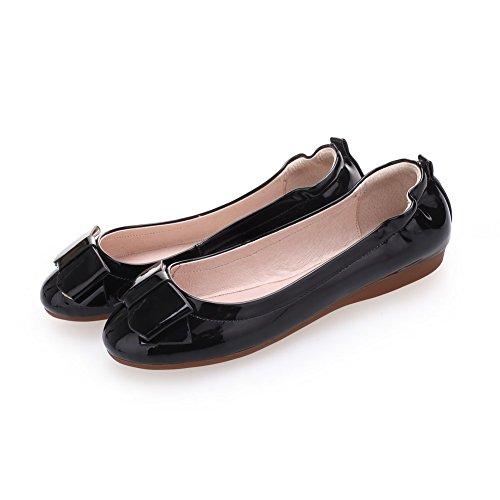 AllhqFashion Damen Ziehen auf Rund Zehe Ohne Absatz Lackleder Rein Flache Schuhe Schwarz