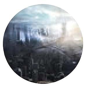 alfombrilla de ratón Concepto de futuro de mujer, de látex negro con luces de neón sobre la ciudad - ronda - 20cm