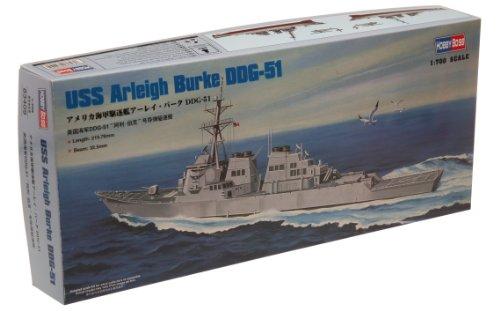 Navy Destroyer Ship (Hobby Boss USS Arleigh Burke DDG-51 Boat Model Building Kit)