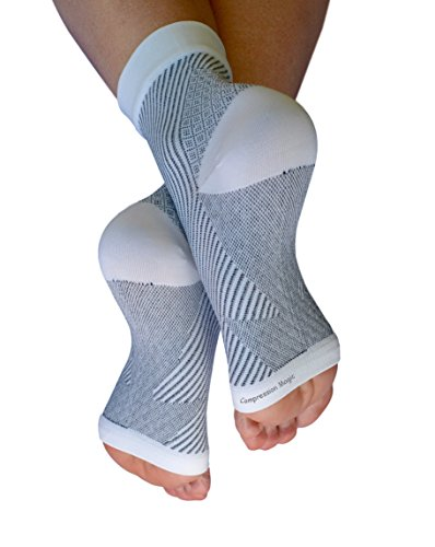 Compression Magic (1 pair Foot Sleeves – Sock Supports that Relieve Pain and Swelling in Feet and Ankles for Men and Women – White Medium