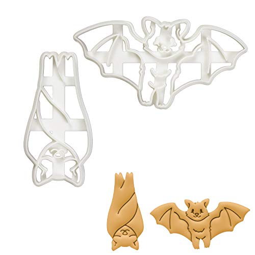 Set of 2 Bat cookie cutters (Designs: Sleeping and Flying), 2 pieces - Bakerlogy