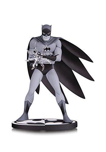 k & White: Batman by Jiro Kuwata Resin Statue ()