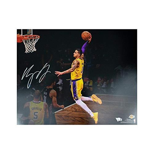 Kyle Kuzma Autographed Los Angeles Lakers 16x20 Photo - Fanatics (Dunk)