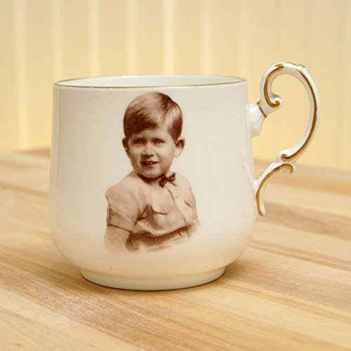 Bone China Paragon (A Souvenir Cup of Prince Charles / Paragon by appointment fine bone china England Regd. Portrait by Marcus Adams)