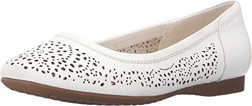 womens-hush-puppies-charee-callies-75-m-in-white-perf-leather