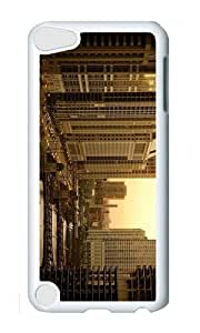 Ipod 5 Case,MOKSHOP Cute chicago twilight Hard Case Protective Shell Cell Phone Cover For Ipod 5 - PC White