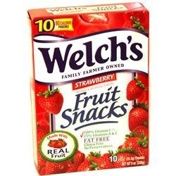 Welch's Strawberry Fruit Snacks (1 box of 10 -