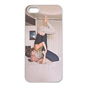 iPhone 4 4s Cell Phone Case White ms85 bedroom couple love kiss dont try this at home Bxzes