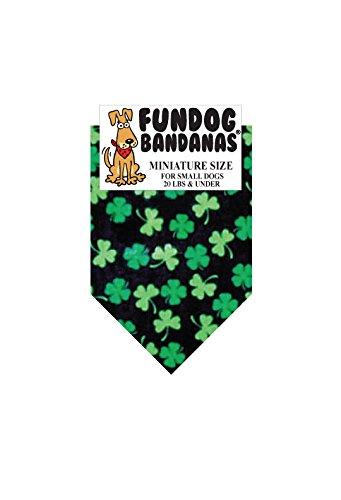 mini-bandana-t0074-shamrocks-for-small-dogs