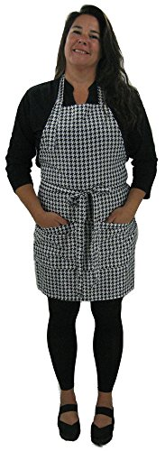 Houndstooth Hair Salon Stylist Apron Is a Clean and Classic Look for Any Type of Work You Do. Quality Made in the USA By Designer WennerWear This Apron Has a Water Resist Finish