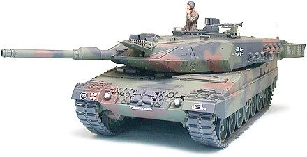 Tamiya Leopard 2 A5 Main Battle Tank (Leopard 2 Main Battle Tank)