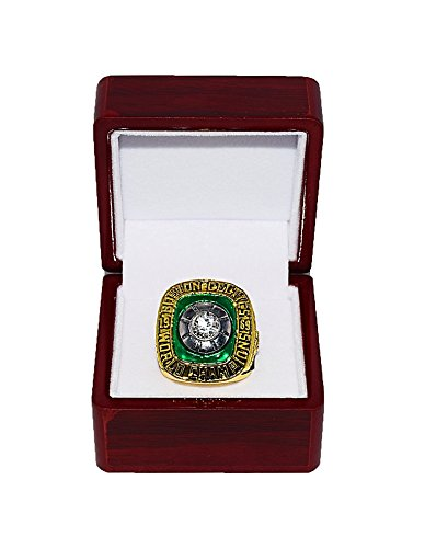 BOSTON CELTICS (John Havlicek) 1969 NBA FINALS WORLD CHAMPIONS Vintage Rare & Collectible High-Quality Replica NBA Basketball Gold Championship Ring with Cherrywood Display Box