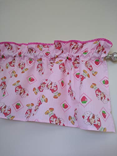 Strawberry shortcake Valance Curtain. Girls Pink decor on top fabric. Baby Nursery. Window treatment decor. Toddlers. Palyroom