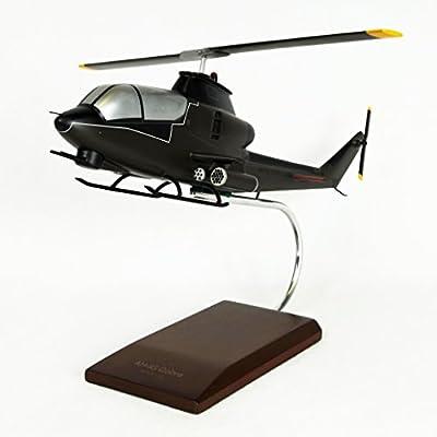 Mastercraft Collection AH-1G Cobra Model Scale: 1/32