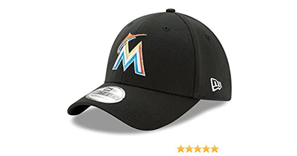 a4a4542f Amazon.com : New Era Miami Marlins MLB 39THIRTY Team Classic Flex Fit Hat :  Sports & Outdoors
