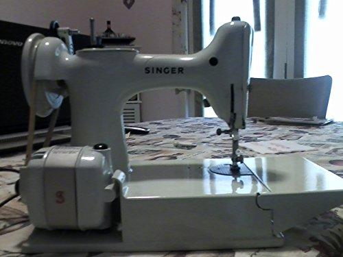 Singer Featherweight - Singer 221K Featherweight Sewing Machine