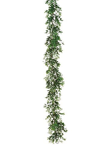 Artificial Boxwood Garland in Green - 6' Long
