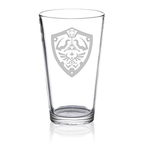 The Legend of Zelda – Hylian Shield – Etched Pint Glass
