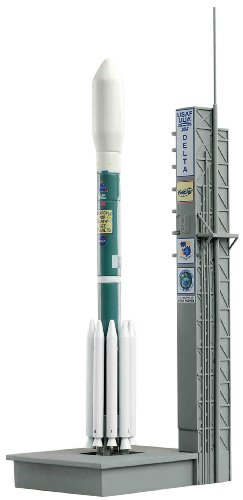 Dragon Models 1/400 Delta II (7925) from Dragon Models USA