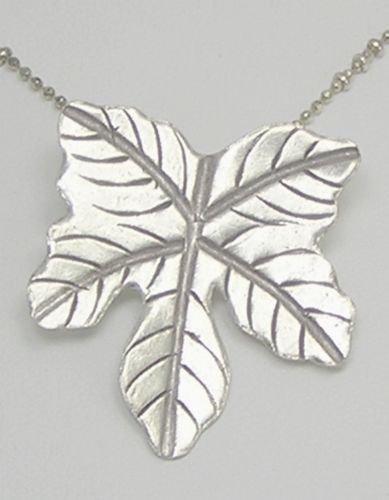 INFINITY 98% KAREN HILL TRIBE Silver Han - Diamond Maple Leaf Charm Shopping Results
