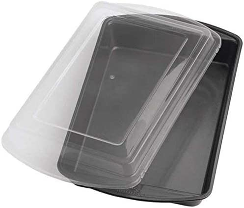 Easy Snap On//Off Cover for Maximum Protection 13 by 9-Inch 2105-6793 Wilton Perfect Results Premium Non-Stick Bakeware Oblong Cake Pan