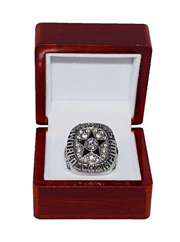 DALLAS COWBOYS (Roger Staubach) 1971 SUPER BOWL VI WORLD CHAMPIONS (Vs. Miami Dolphins) Vintage Rare & Collectible Replica NFL Silver Championship Ring with Cherrywood Display Box