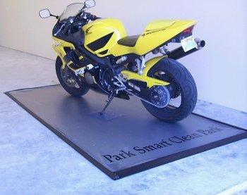 Park Smart Motorcycle Garage Mat: Silver 4.5' X (Motorcycle Garage Mat)