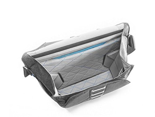 Peak Design Everyday Messenger Bag 15'' (Ash) by Peak Design (Image #3)
