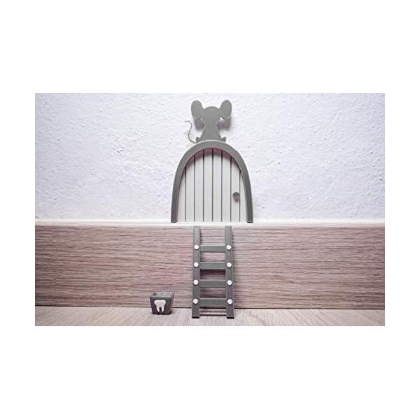 Ratoncito Perez puerta gris a su casita con escalera y cajita para diente de leche y moneda dorada para poner en… 6