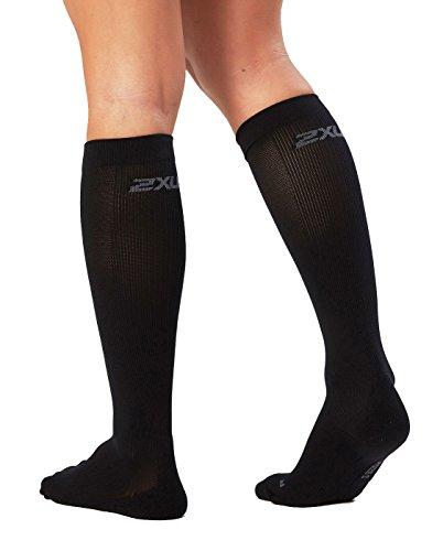 2XU Women's Performance Compression Run Sock, Black/Black, X-Small by 2XU (Image #1)