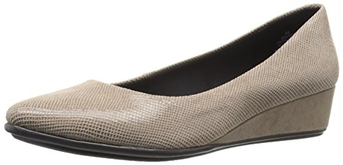 easy-spirit-womens-avery6-pointed-toe-flat-taupe-reptile-8-m-us
