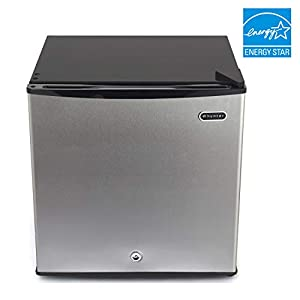 Whynter CUF-112SS Energy Star 1.1 cubic feet Upright Freezer Stainless Steel door with Security Lock with Reversible Door & Taylor Classic Series Large Dial Fridge/Freezer Thermometer (Color: Stainless Steel, Tamaño: 1.1 Cubic Feet)